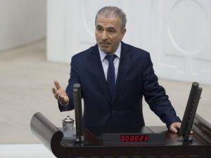 AK Parti'den 'Cumhurbaşkanına itaat farzdır' diyen rektöre tepki!