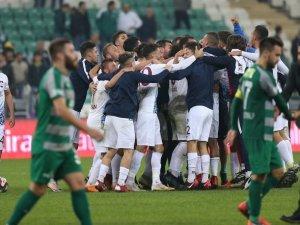 Bursaspor, 3. lig ekibi 1461 Trabzon'a elendi
