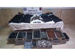 Helin'in katiline tüfeği internetten satan kişi çok sayıda tüfekle yakalandı