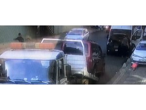 İstanbul'da tamirci adam çekiciden düşen araçla minibüs arasında kaldı