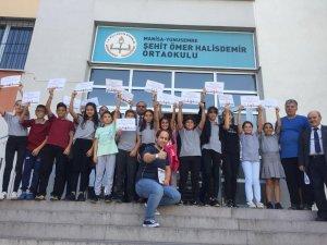 Şehit Ömer Halisdemir Ortaokulundan uluslarası başarı