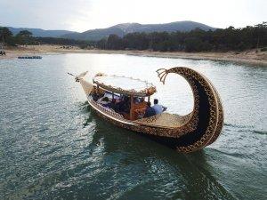 Bozkırın ortasında turizm için tekne üretiyor