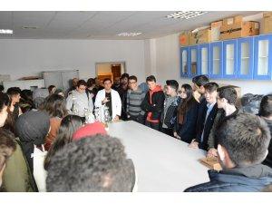 Darıca Ülkün Yalçın Anadolu Lisesi'nden Düzce Üniversitesi'ne ziyaret