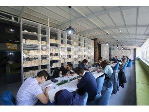 Buca'da üniversite öğrencilerinin adresi gençlik merkezleri