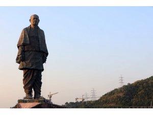 Modi, dünyanın en uzun heykelini açtı