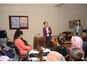 OSMEK kursiyerlerine meme kanseri semineri
