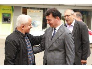 Başkan Akın seçim çalışmalarını İncirliova'da sürdürdü