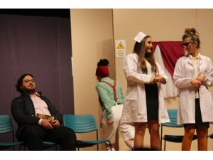 'Hastane mi Kestane mi' ile gülmekten kırıp geçirdiler