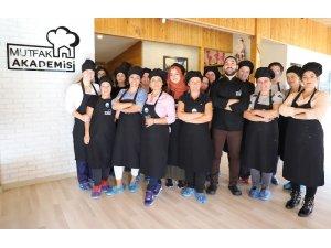 Büyükçekmece Belediyesi Mutfak Akademisi'ne yoğun ilgi