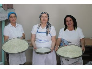 Bu ilçede börek kadınların ekmek kapısı