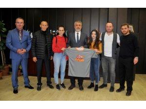 OMÜ öğrencileri dünya şampiyonu oldu