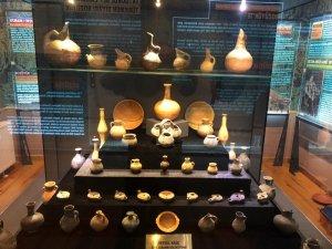 Eşsiz seramik koleksiyonu Bozüyük Şehir Müzesi ve Arşivinde sergileniyor