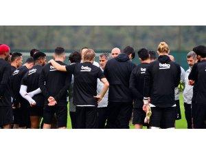 Beşiktaş, Başakşehir hazırlıklarını sürdürdü