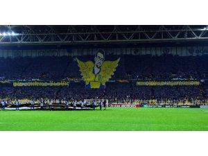 Fenerbahçe'den Korey Şener koreografisi
