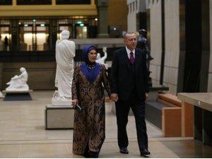 Cumhurbaşkanı Erdoğan, Picasso Bleu et Rose Müzesi'ndeki yemeğe katıldı