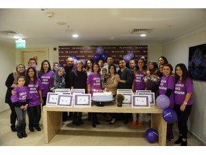 Bursa'da prematüre doğan bebeklerin aileleri bir araya geldi