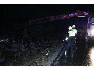 Denizli'de trafik kazası: 1 çocuk öldü, 5 yaralı