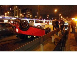 E-5'te otomobil takla attı: 1 yaralı