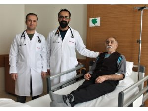 105 yaşındaki Yusuf dede geçirdiği operasyonla sağlığına kavuştu