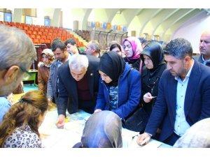 Aydın'da  AK Partililer temayüle akın etti