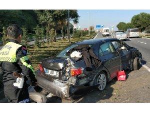 Samsun'da lastiği patlayan otomobil takla attı: 2 yaralı