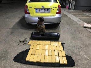 Ticari taksinin LPG deposunda 24 kilo eroin ele geçirildi