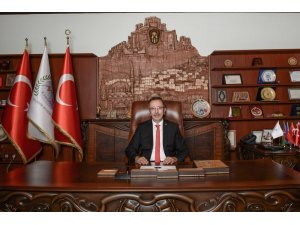 """Belediye Başkanı Seçen, """"Peygamberimiz insanlık için bir rahmettir"""""""