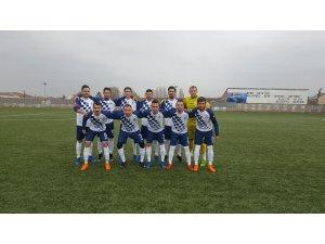 Başkan Yalçın'dan Pazaryerisporlu oyunculara tebrik