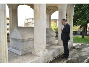 Aktaş'tan mevlit kandilinde Süleyman Çelebi'nin kabrine ziyaret