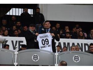 Ümmet Akın, Nazilli Belediyespor'a tribünden destek verdi