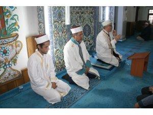Kur'an-ı Kerim tilavetine vatandaşlardan yoğun ilgi