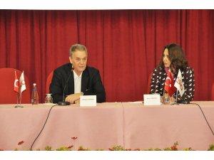 """Elazığ'da""""Ekonomik Gelişmeler ve Risk Yönetimi Stratejileri"""" Paneli"""