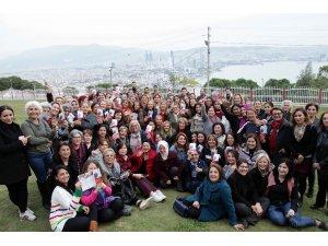 Başkan Karabağ'ın gönüllüleri sokakta