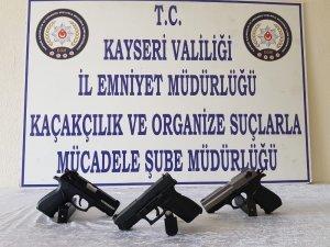 Kayseri'de silah ticareti yapan şahıslara operasyon: 2 gözaltı