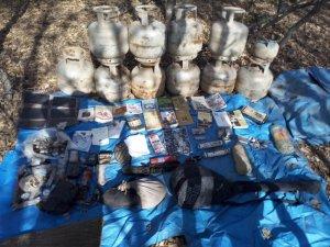 Bingöl'de 6 odalı sığınak ile patlayıcılar ele geçirildi