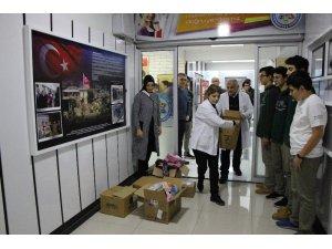 Öğretmenlerin hediyeleri Afrin'deki öğrencilere