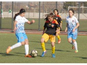 Kadınlar 3. Futbol Ligi 9. Grup'ta Kayseri haftası