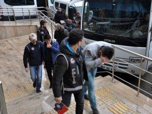 Zonguldak'ta FETÖ soruşturmasında 3 kişi tutuklandı