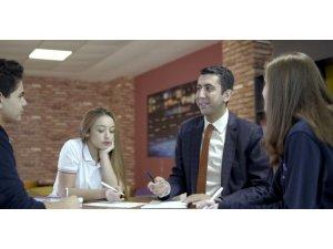 Öğretmenler Günü'nde duygulandıran reklam filmi