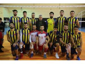 Cizre Belediyesi Erkek Voleybol Takımı başarıdan başarıya koşuyor