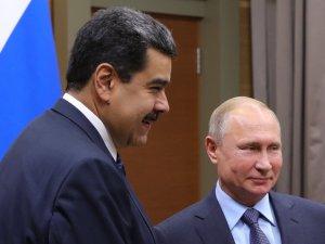 """Putin ile görüşen Maduro: """"Ayağa kalktık ve zafer kazanacağız"""""""