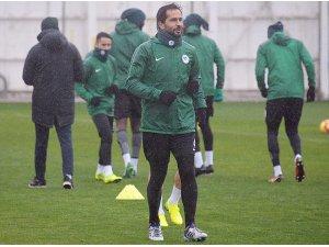 Atiker Konyaspor'da, Trabzonspor maçı hazırlıkları sürüyor