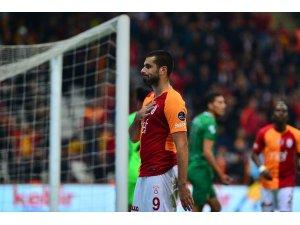 Erden Derdiyok ligdeki 5. golünü attı