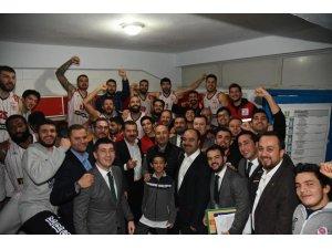 Türkiye Basketbol Ligi: Karesispor: 100 - Düzce Belediyespor: 77