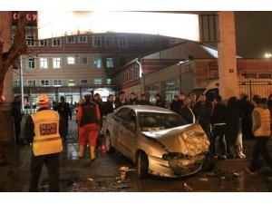 Başkent'te zincirleme trafik kazası: 1 ölü, 2 yaralı