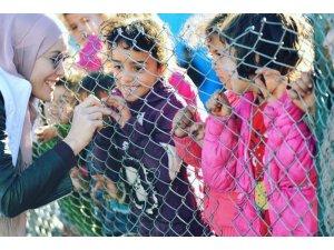 Gamze Özçelik İdlib'de