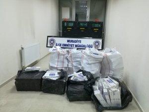 Van'da 7 bin 898 paket kaçak sigara ele geçirildi