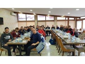 Başkan Ercan Şimşek futbolcularla yemekte buluştu