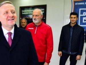 Galatasaray üyeliğini sonlandırdı
