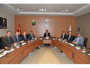 Vali Ahmet Ümit, Ticaret ve Sanayi Odasını ziyaret etti